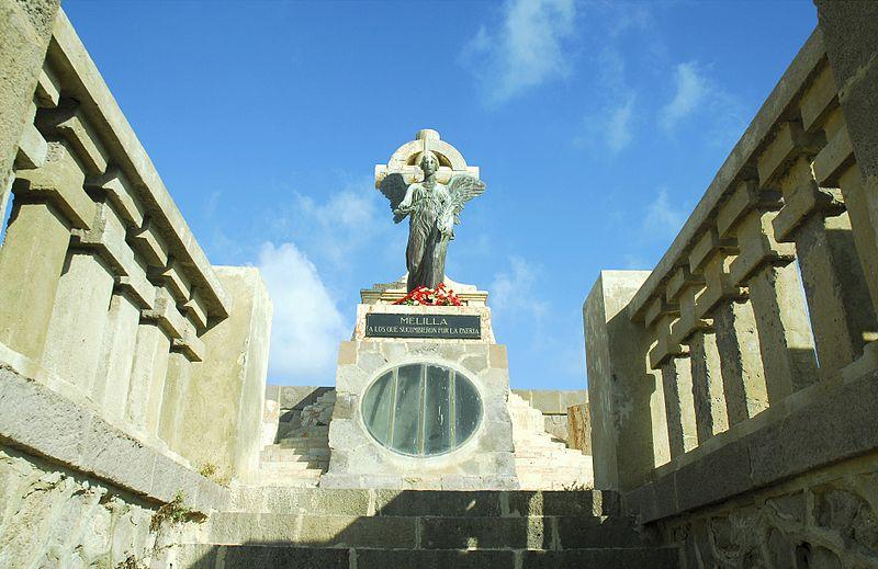 panteones cementerio melilla