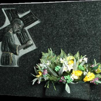 Lápida de Jesús con la Cruz a cuestas