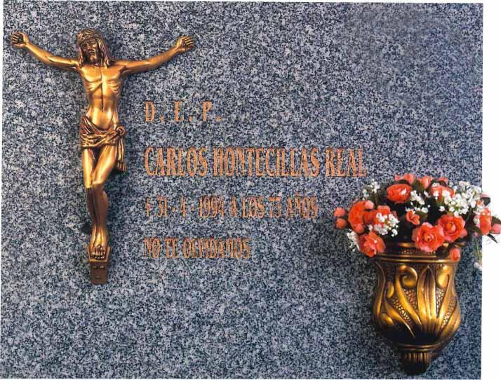 Lápida del Cristo crucificado nº315