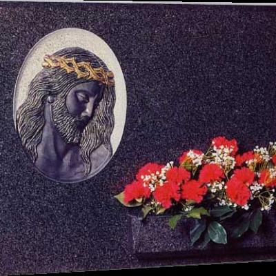 Lápida Cristo de la humanidad