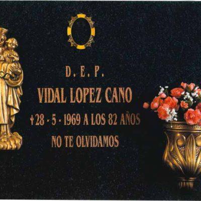 Lápida de la Virgen del Carmen nº304