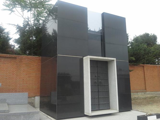 Diseño de panteones en Móstoles