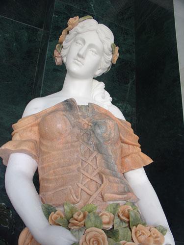 Estatuas y figuras decorativas